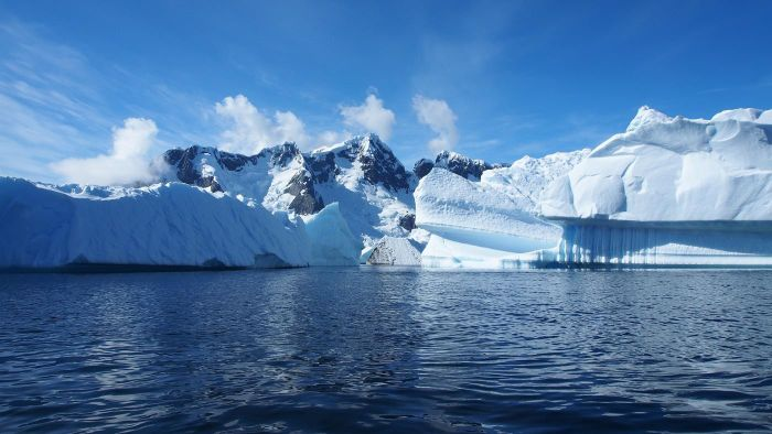 What are some interesting facts about Antarctica?