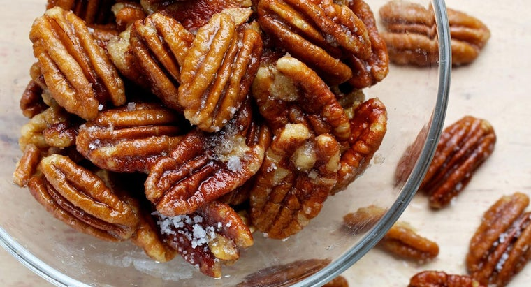 What Are Some Good Recipes for Pecan Tassies?