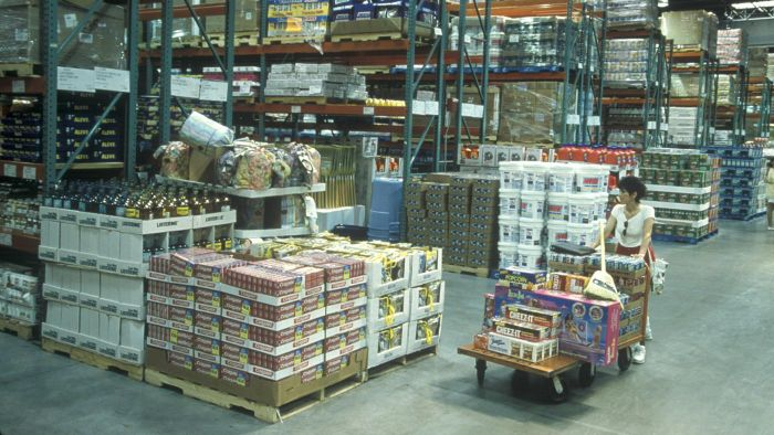 What Is the Average Savings at a Costco Warehouse Compared to a Supermarket?