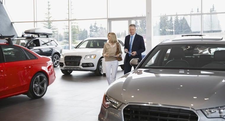 How Can You Find the Black Book Price for a Car in Canada?
