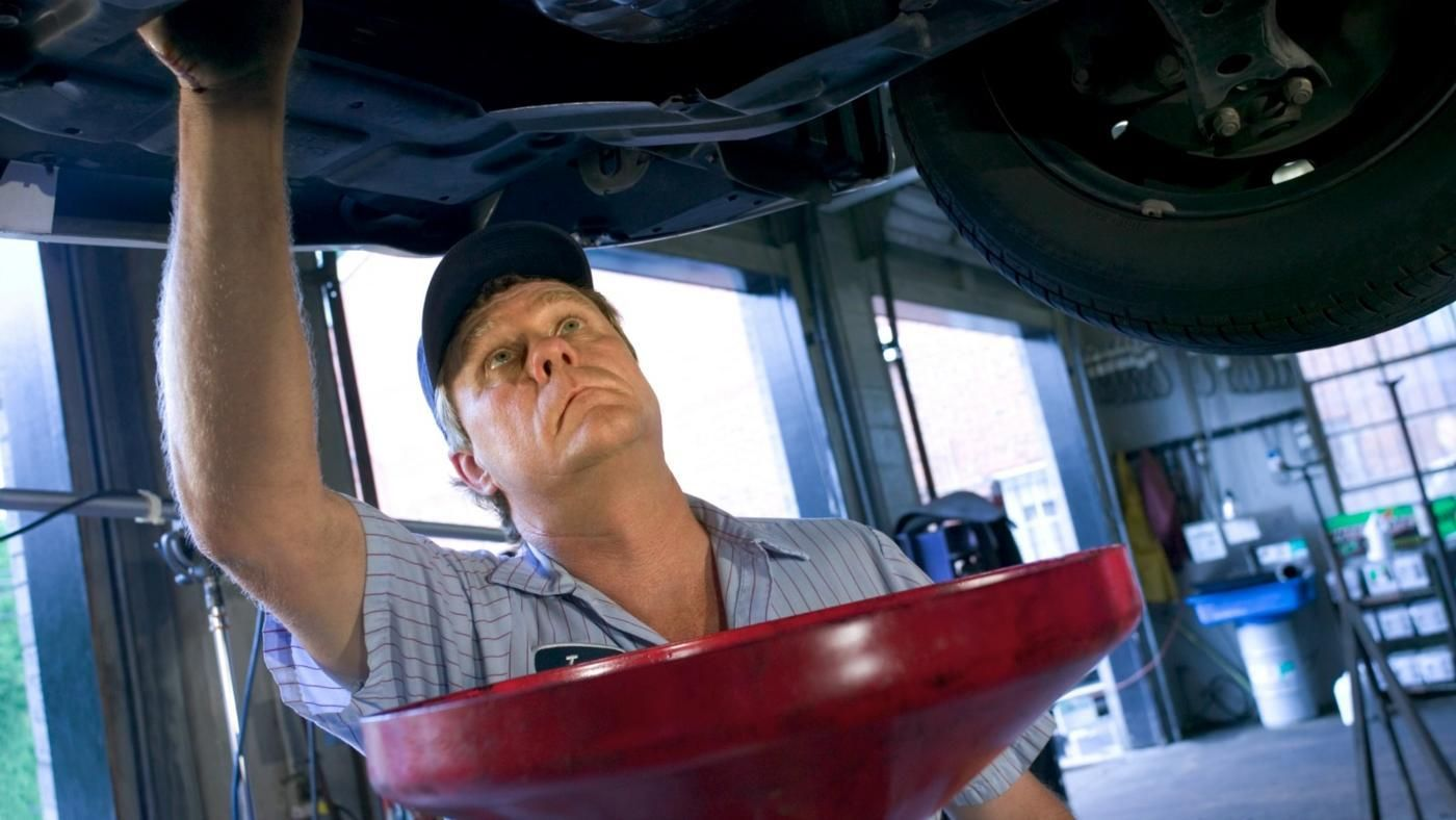 What is the proper disposal method for used motor oil for Where to dispose of old motor oil