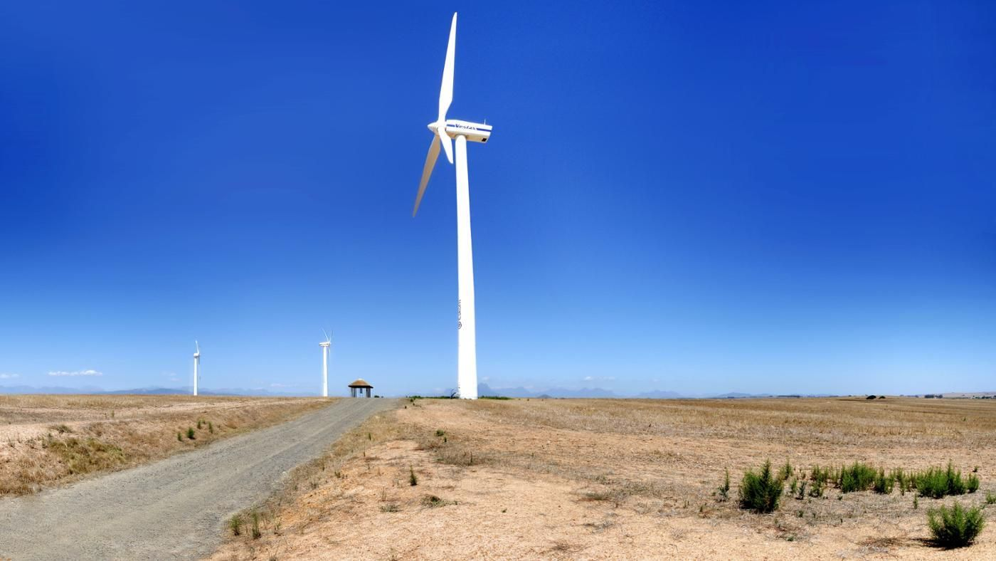 disadvantages of windmills Disadvantages of wind power while wind power seems the ideal energy source, there are many disadvantages the spontaneity of natural occurrences is a concern of wind power the loudness and the aesthetics of the turbines also are a deterrent to using wind power below is a list of the top disadvantages of wind power.