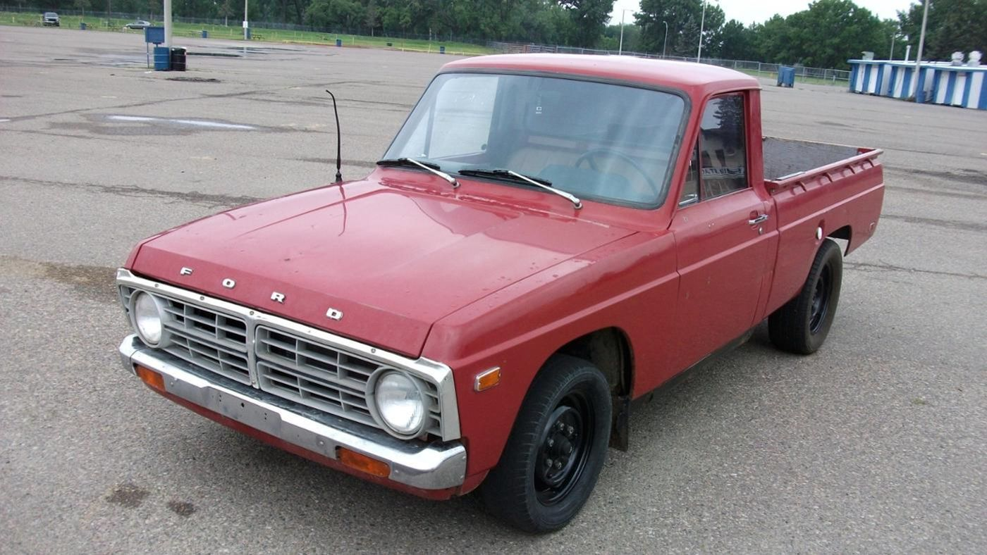 How Do I Assess the Value of My Truck?   Reference.com