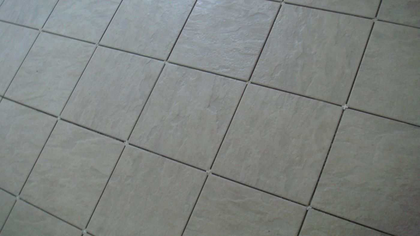 what is the average labor cost of ceramic tile 87457