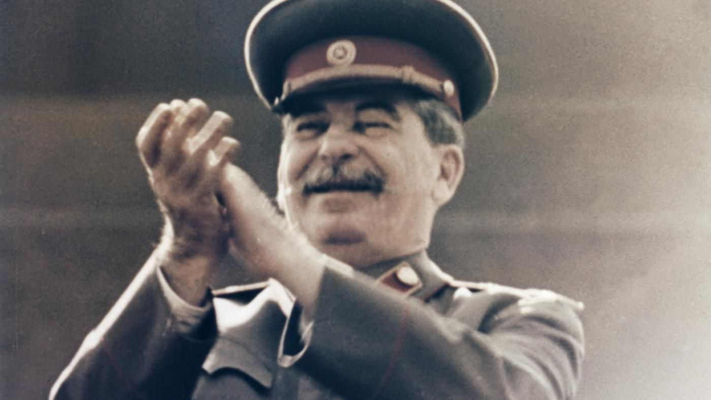 was stalin responsible for the cold war View essay - stalin and truman responsible for cold war from history ap wor at suitland high dshealyn bullock ib hoa 1a 27 stalin and truman were equally responsible for the emergence of.