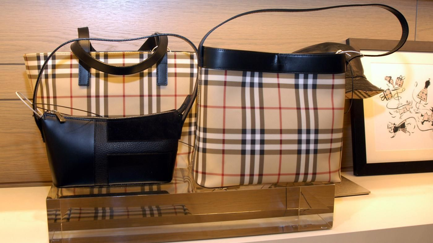 How Can a Person Tell If a Burberry Bag Is Real   9b9cc4b063f75