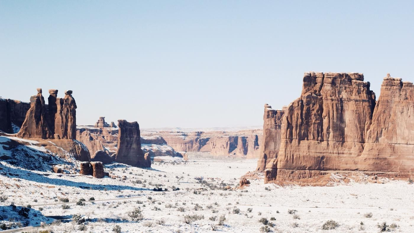 what is the climate like in the world u0026 39 s coldest deserts
