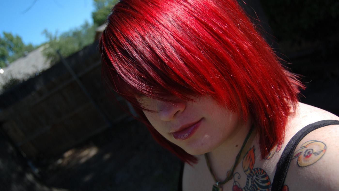 How Do You Make Red Hair Dye Fade Faster? | Reference.com