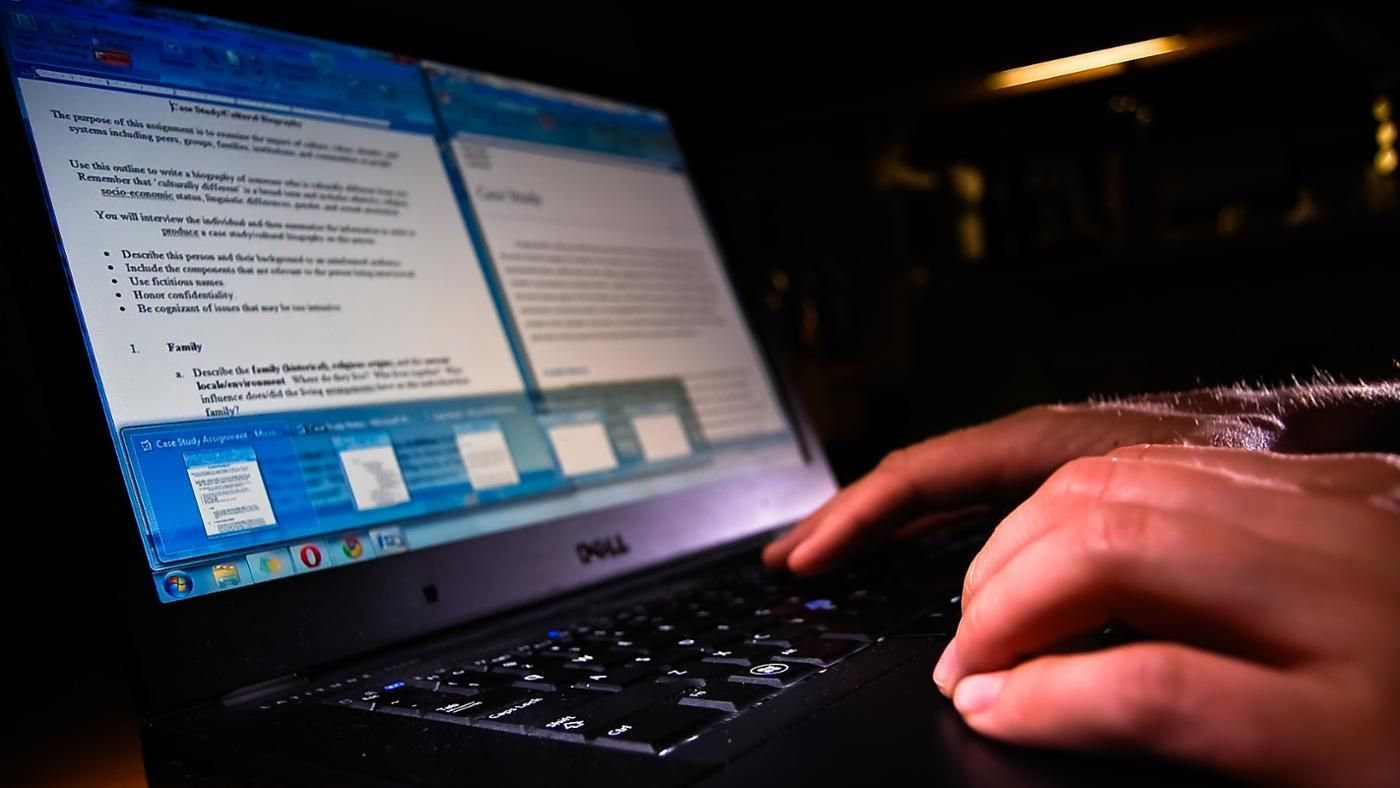 "typing essays for students The study found typing essays one-handed affected both ""lexical  researchers  asked 103 university students to write essays under different."