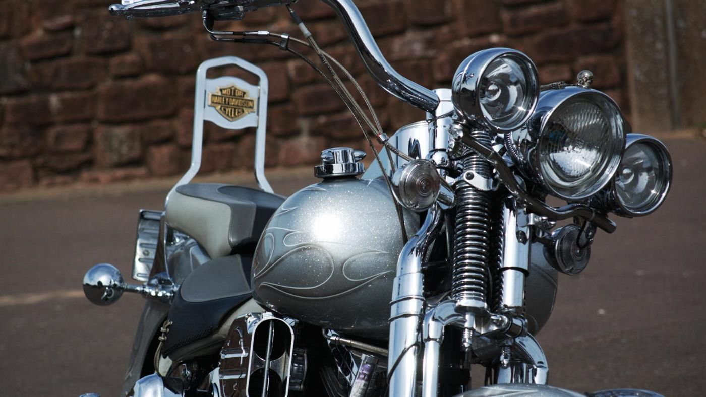 How Much Does A  Harley Davidson Heritage Softail Weight