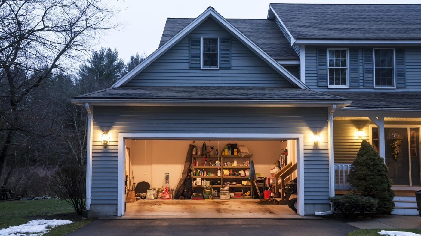 What is the size of a typical garage for Size garage