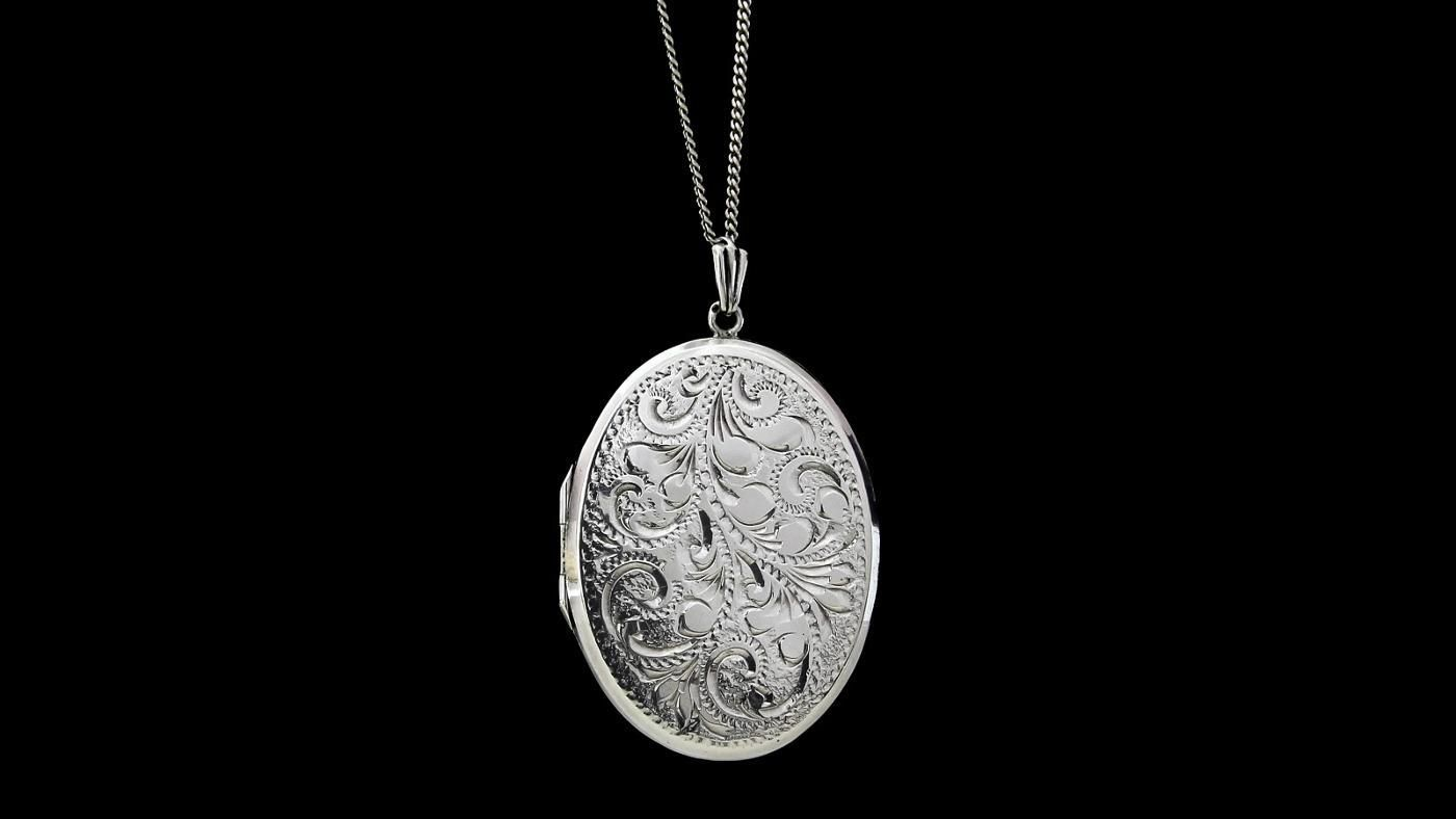 What Is The Best Way To Clean Silver Necklace