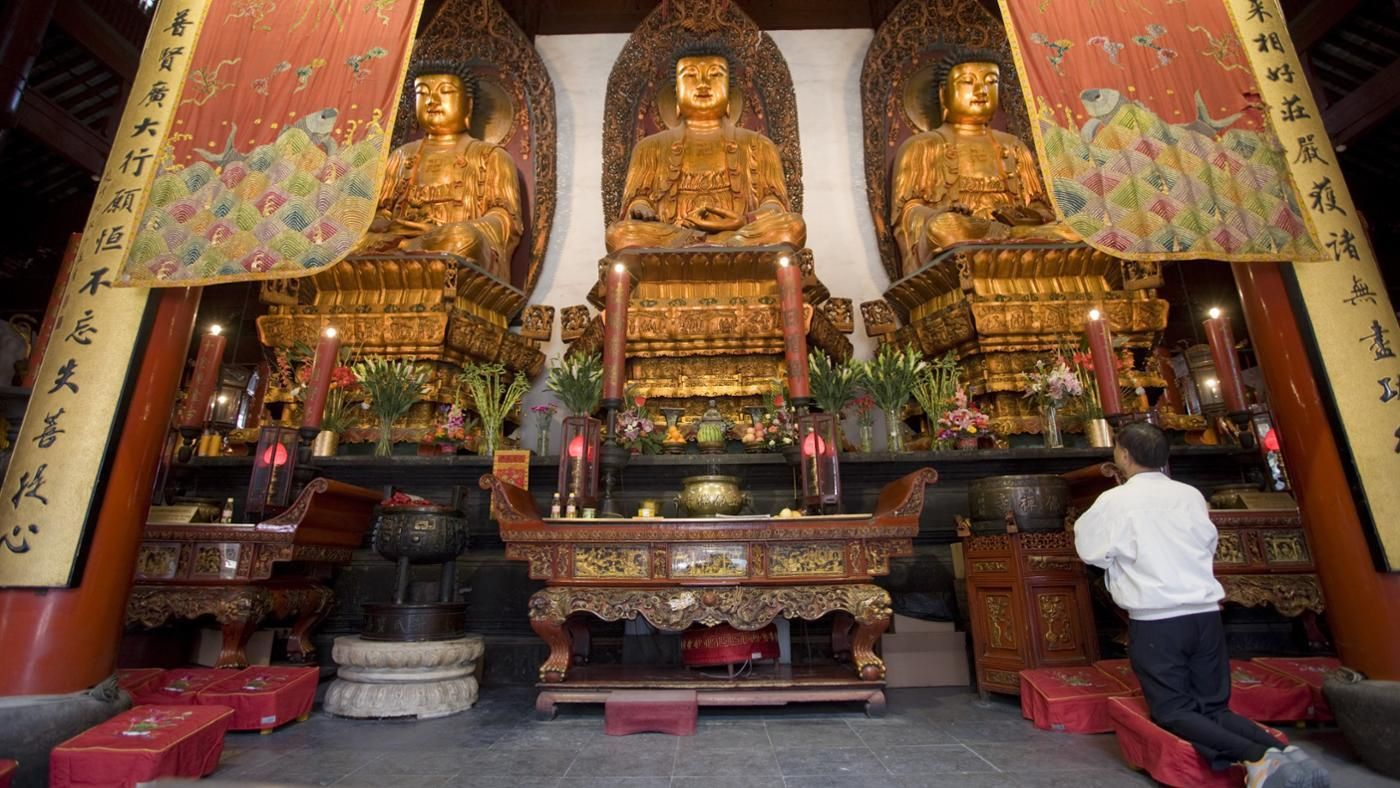 is worship buddhist The nya thar lyaung reclining buddha is an important religious site in the   thai amulet-worship or tibetan oracular rituals but by the blandly.