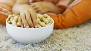 Are Dry-Roasted Peanuts a Nutritious Snack?