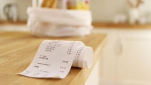 What Is an Average Grocery Bill for Two People?