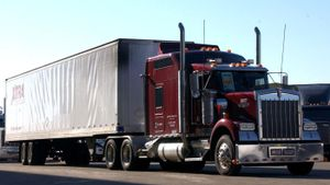 What is the average length of a tractor trailer?