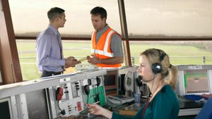 How Do You Become an Air Traffic Controller?