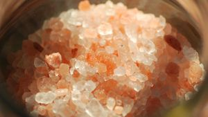 What are the benefits of Himalayan pink salt?