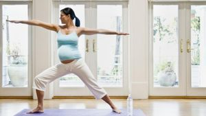 What Are the Benefits of Prenatal Yoga?
