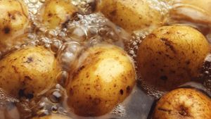 Why Do Boiled Potatoes Turn Black?