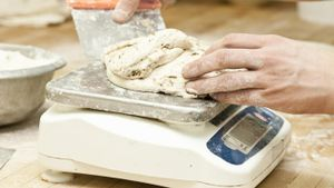How do you calibrate a digital scale?