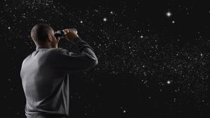 Where can you find pictures of constellations online?