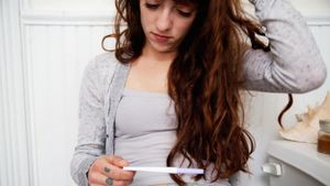 What Causes an Invalid Pregnancy Test?