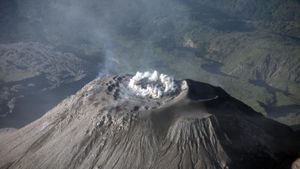 What Is a Composite Cone Volcano?