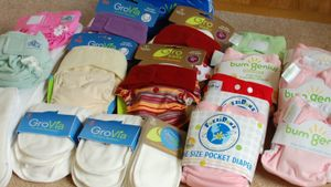 Are Diaper Cakes Made With Cloth or Disposable Diapers?