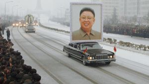 How Did Kim Jong-Il Come to Power?