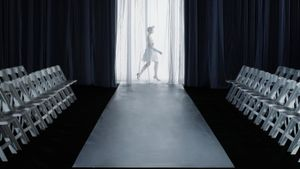 What Are the Dimensions of a Fashion Runway?