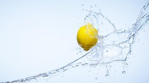Does Drinking Lemon Water Help You Lose Weight?