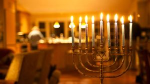 What are some examples of Hanukkah gifts?