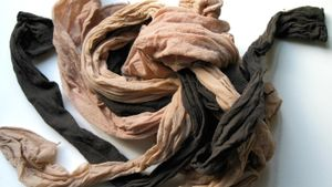 What are some examples of synthetic fibers?