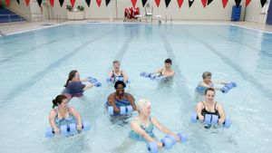 How Do You Exercise Using the Water Aerobics Routine?