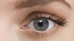What is an eyelash perm?