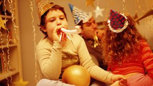 What Are Some New Year's Eve Celebration Ideas for a Family?