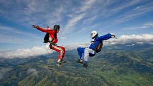How Fast Does a Skydiver Fall?