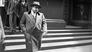 Who Are Some Gangsters of the 1940s?