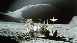 How many Apollo missions landed on the moon?