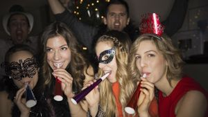 What are some ideas for a New Year's Eve party for teens?