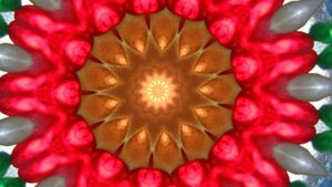 How does a kaleidoscope work?