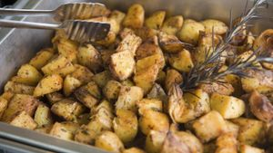 How Long Does It Take to Cook Roasted Potatoes?