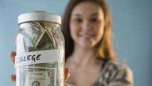 How do you make a budget for a teenager?