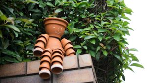 How Do You Make Flowerpot Men?
