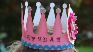 How Do You Make a Paper Crown?