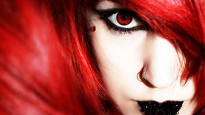 Do manufacturers make red-colored contacts?