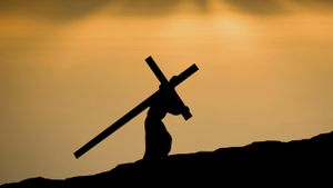 How Many Times Did Jesus Fall Carrying the Cross?