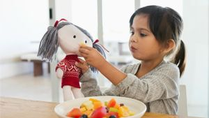 What factors do you consider in planning meals for children?