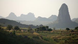 What Are Some Mountain Ranges in Africa?